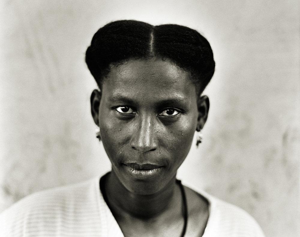 joe-wuerfel-badia-market-woman-santiago-island-2500px.jpg