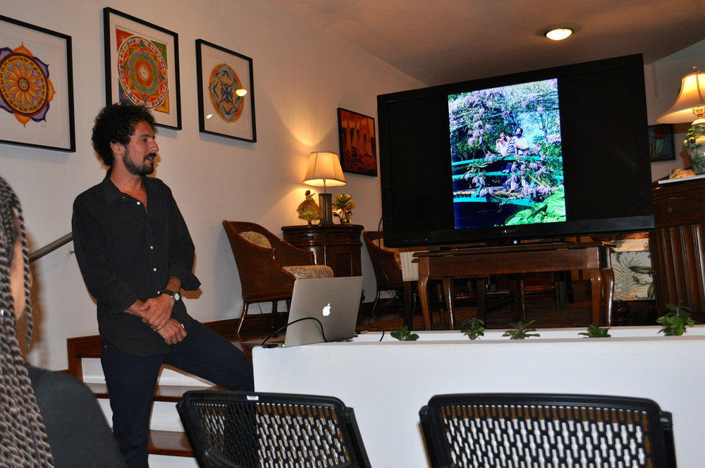 peter-d-gerakaris-presentation-at-the-us-embassy-residence-praia-2014-3.jpg