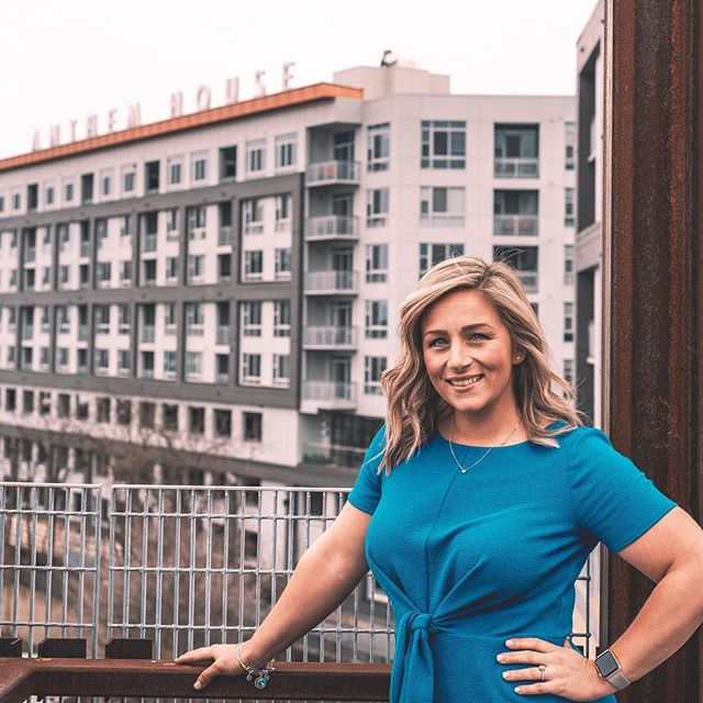 Good Morning Bmore babes! My name is Amy Nelson and I am so excited to take over today! I'm the Property Manager of @anthemhouseapts in Locust Point and will be giving you the inside scoop on what a day in my life looks like. Head on over to stories to follow along! . . 📸: @colindougherty_