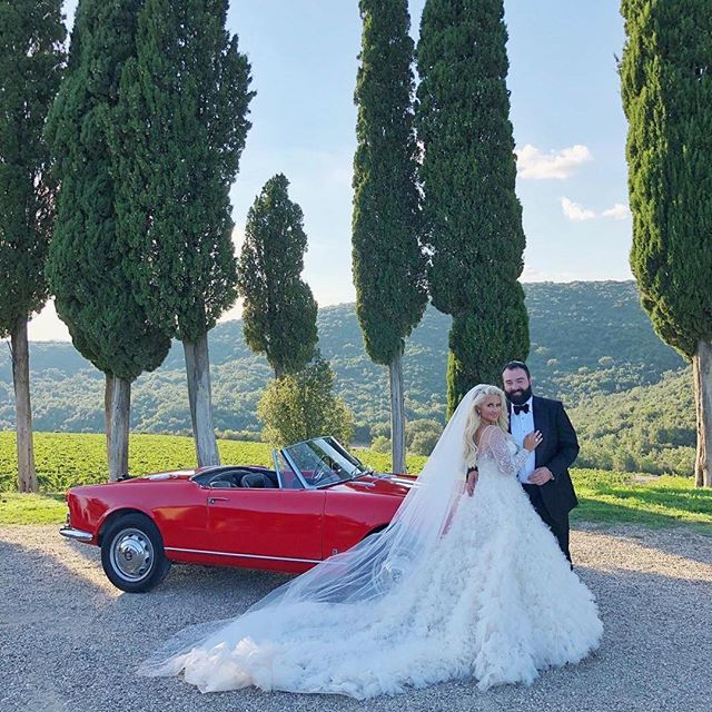 My heart is full. Coming home from this Italian adventure is like waking up from a dream, because that's exactly what it was; an epic, magical fairytale come true. A 10 day bridal extravaganza unlike anything I've experienced in my life.  Congratulations @blondieluxe and @blondiesfiance, love you both!  Also, this wedding had the best crew EVER, all whom I have respected for so long and feel honored to be associated with. @sarahhaywoodweddings and her team @charlotte_sarahhaywoodweddings @jamie_sarahhaywoodweddings, @theisleofyoudesign, @josevilla and his crew @nancyvilla @joelserrato @laciehansen and @patrickquezada, @calebjordanlee of @eastwestfilms and his crew @peterjguitar and @danielshackleford, @thestylishbride and her assistant @maisie_kate_ . So much love for you all!!! ❤️❤️❤️ #theromanntics #luxurybride #luxurybridal #bridalhairandmakeup #bridalhair #bridalmakeup #italywedding #lakecomowedding #tuscanywedding #destinationwedding