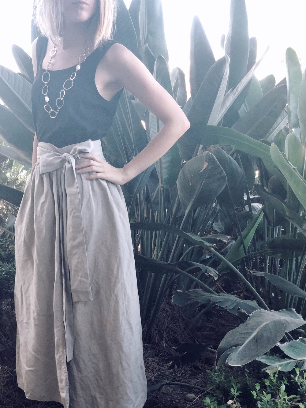 Tank- Cuyana; Skirt- Ozma of California; Necklace- Oldie but Goodie (not pictured but wearing are my ZouXou mules)