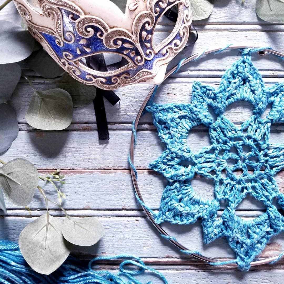 Bucaneve: How to Make a Textured Mandala, Beginner Friendly