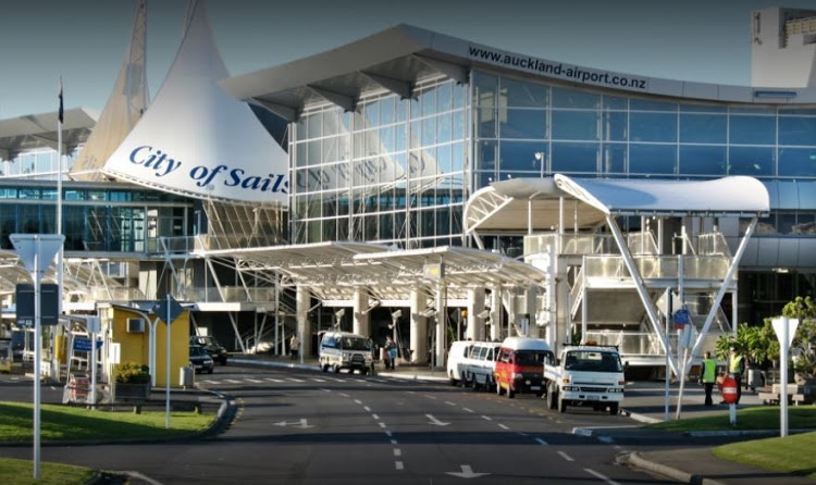 Auckland Airport.jpg