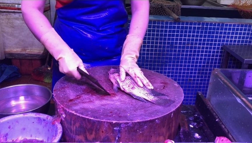 From catch of the day, to market tank, to chopping board, to table. Chinese culture places an emphasis on freshness, and on using all parts of the animal.