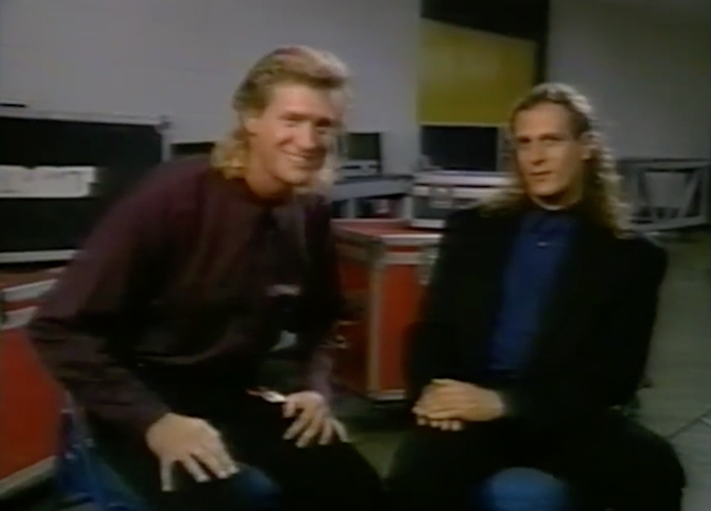Jim's first of 4 meetings with Michael Bolton, this one in 1990 in Virginia Beach, VA. Bolton has a 4 octave vocal range. Jim's is 4 notes.