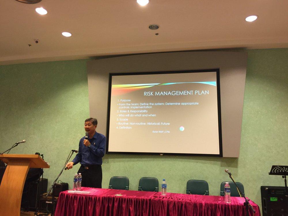 Chambers' Seminar_8.JPG