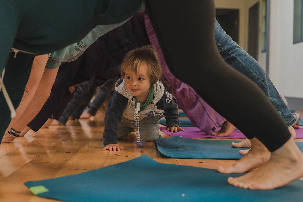 Family Yoga I 2.jpg