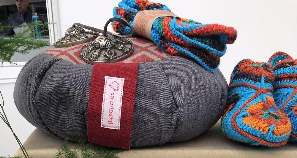 zafs n zabs meditation cushions