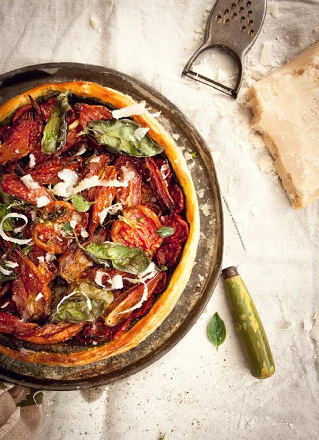 WKA_Slow-roasted-tomato-and-goat's-cheese-pesto-tart_P.jpg