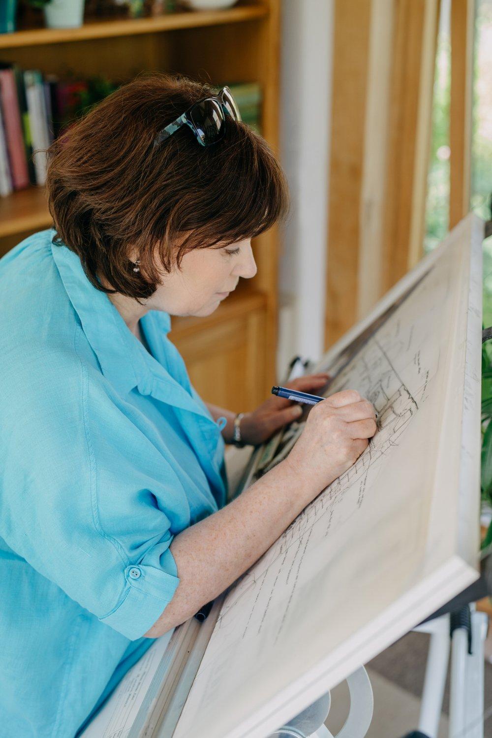Sarah Layton creating beautiful, sustainable and long-lasting planting designs