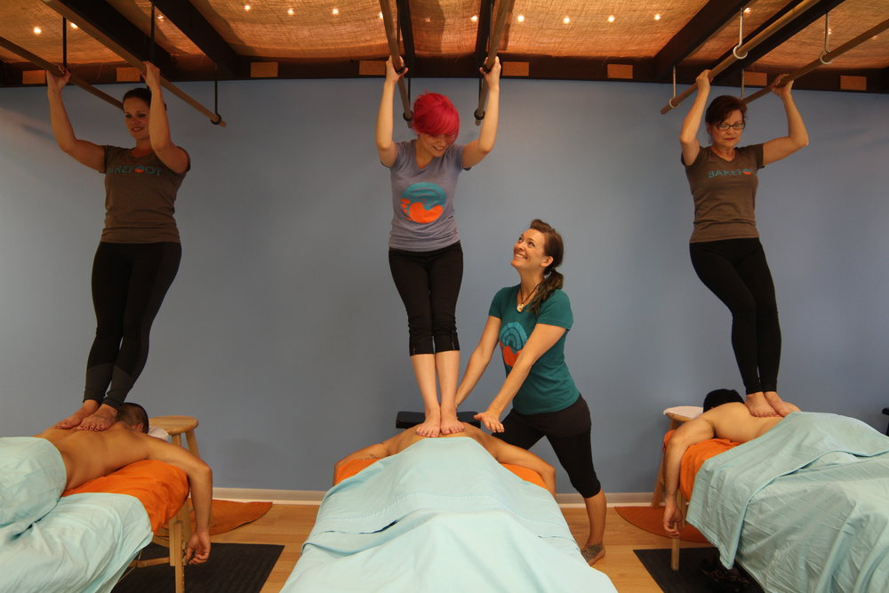 advanced-ashiatsu-myofascial-barefoot-massage.JPG
