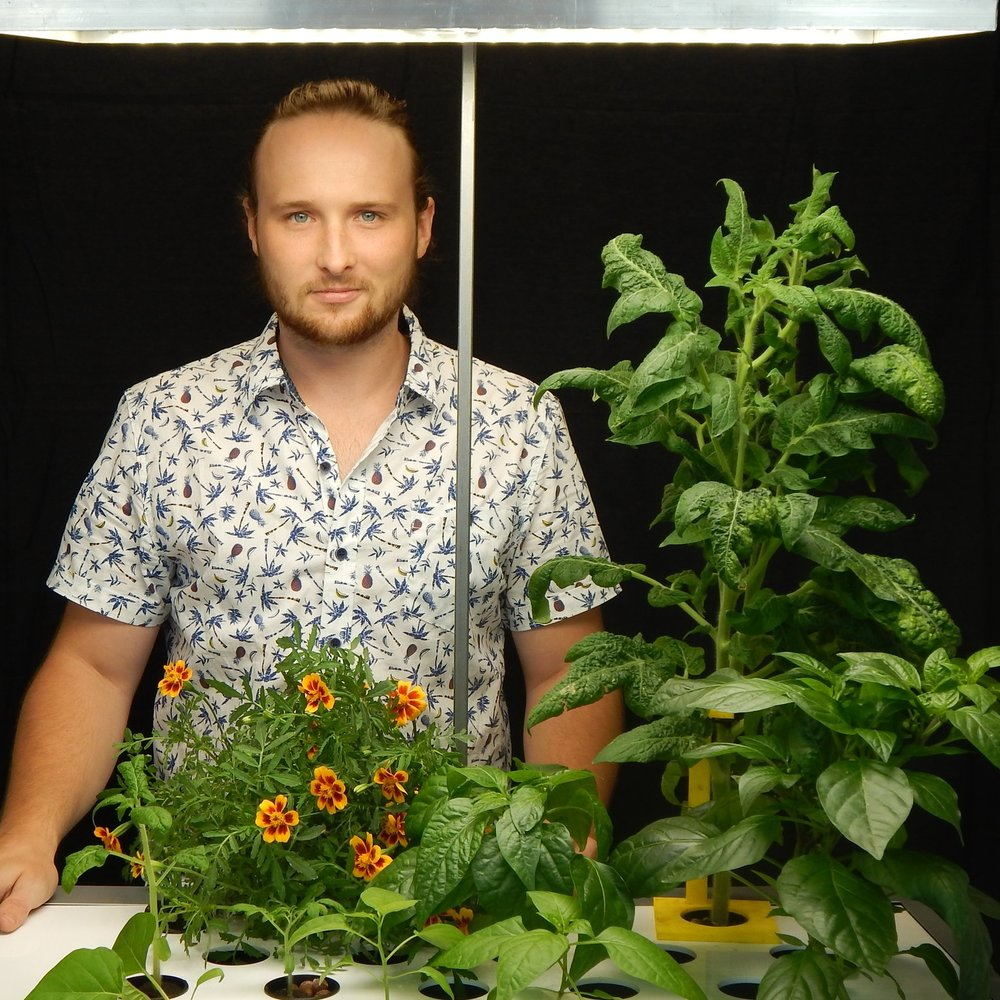 #Engineeous - Sully brings considerable technical talents to Harvest₂O from his previous experience leading the operations of a large-scale indoor vertical farm. His engineering capabilities and a practical approach to high-tech are the foundation for our sophisticated growing system.