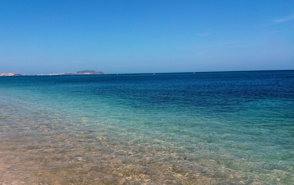 beach-horizon-idyllic-214440.jpg