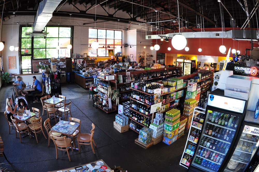 rhino-market-deli-wesley-heights-interior-fisheye.jpg