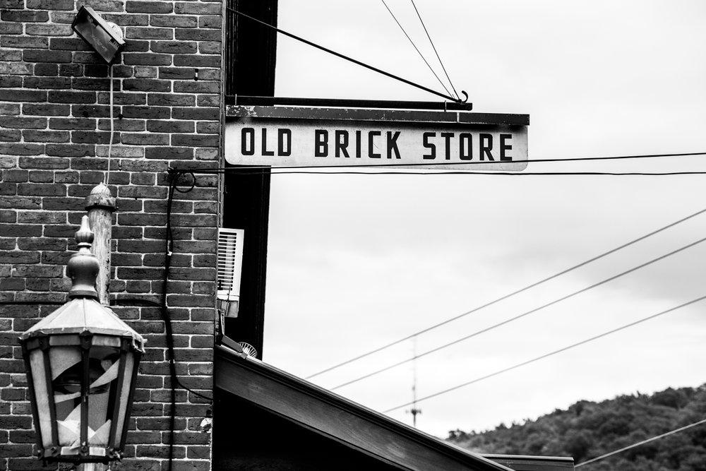 Charlotte-Vermont-Food-Store.jpg