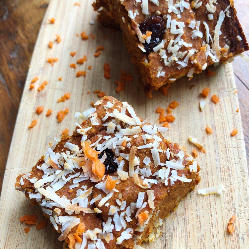 carrot cake bars 2.JPG