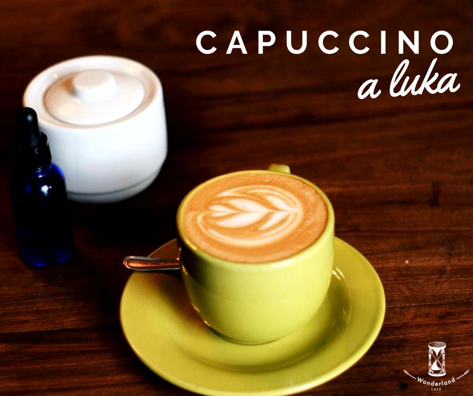 Agosto: café a Luka - Ven y disfruta de tu Capuccino a un precio sorprendente.*Promoción válida sujeta a disponibilidad y con restricción de horario. Disponible de Lunes a Viernes de 8:30 am a 17:30 hrs pagando con un billete de mil pesos.