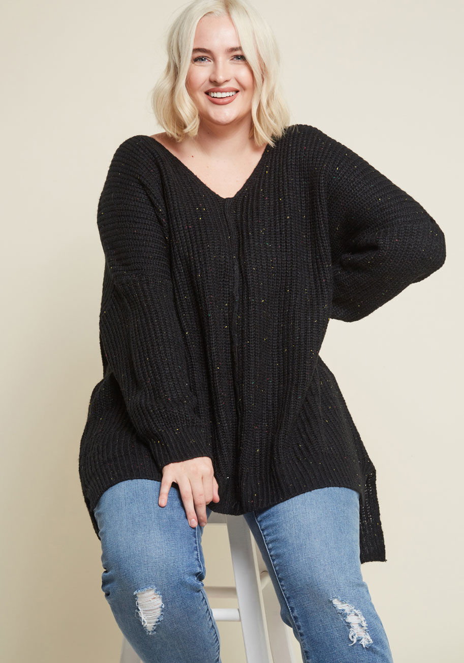 10105512_quietude_is_everything_v-neck_sweater_black_PLUS-SIZE01.jpg