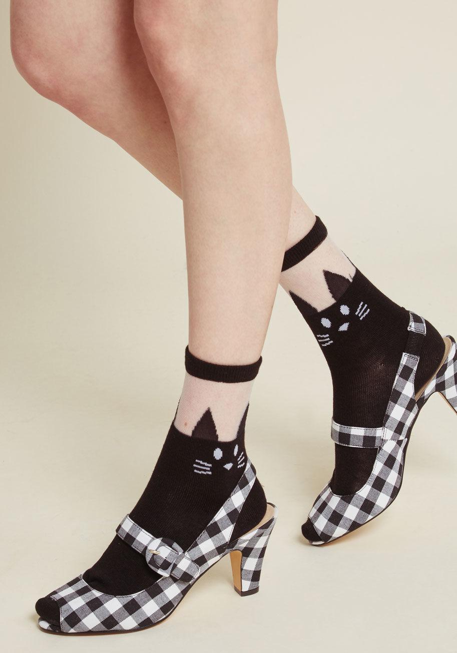 10086463_my_style_mews_socks_black_MAIN.jpg