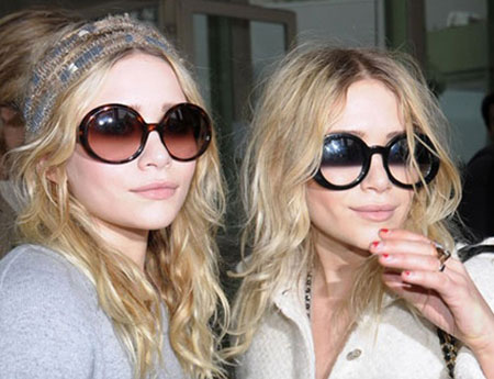 Mary-Kate-and-Ashley-Olsen.jpg