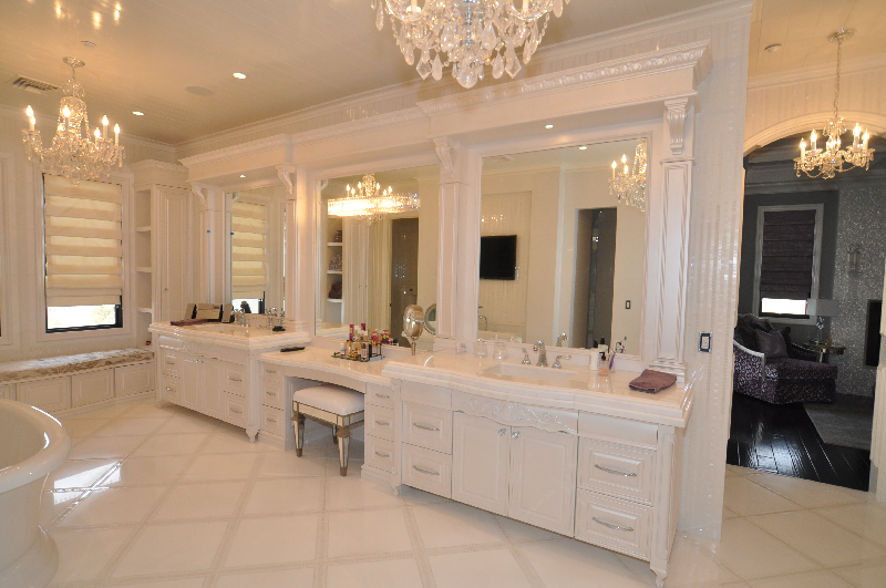 Bathrooms 6.jpg