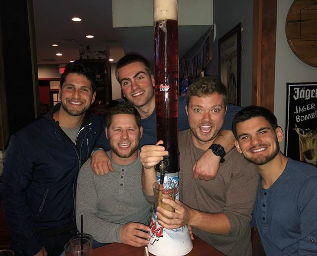 Action shot🍻 The happiest of hours with great friends and great beer towers! $10 open bar tn 8-10 pm 🍸 #seeyousoon #beertowers #marchmadness #centercitylitty