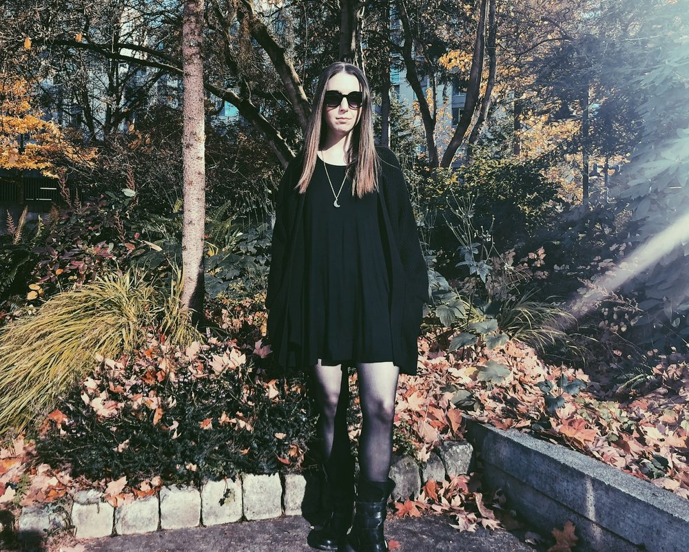 casual goth outfit