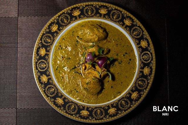 Simplicity is the ultimate sophistication. 🥘 Our delicious Chicken Dhaniwal Korma. Only at Blanc. #blancnri #openingsoon