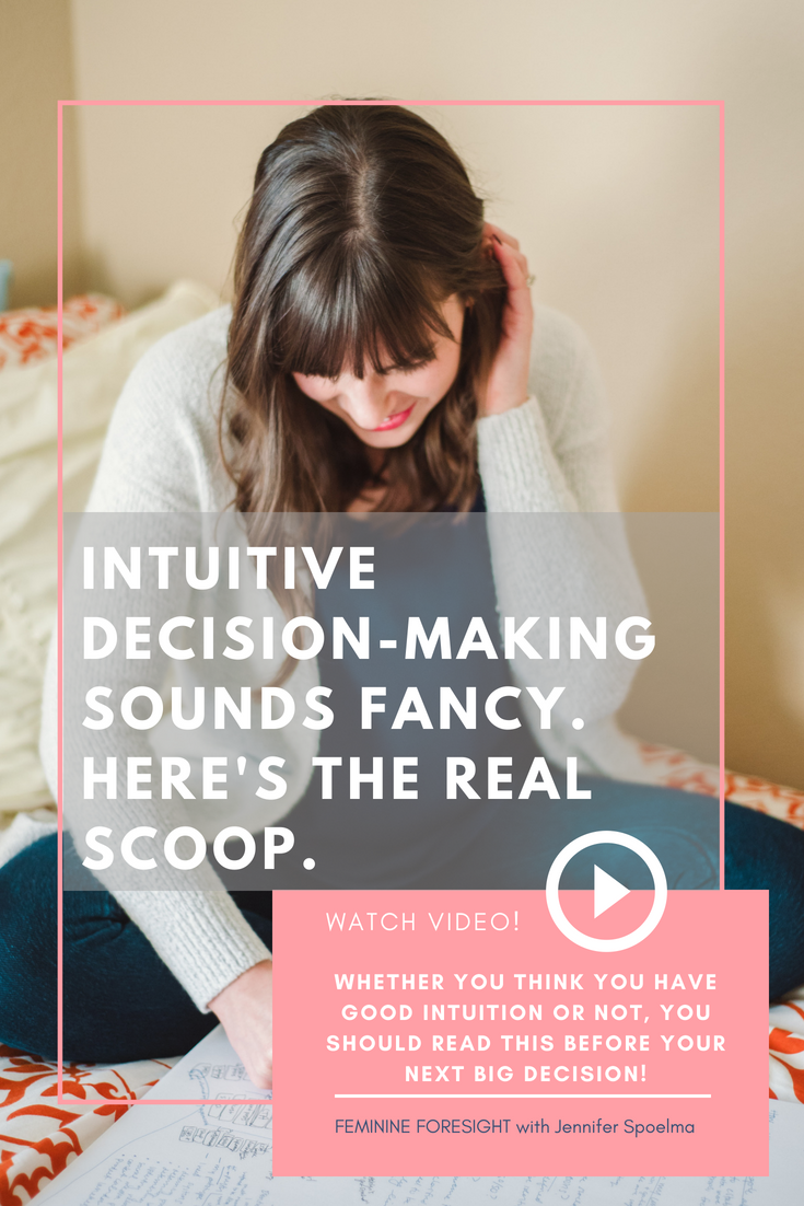 << Pin it! - Intuition gets a lot of credit for leading people to make healthy, aligned decisions.There is a lot of talk in health and wellness circles about intuitive eating, exercise and self care.But does the data behind intuition-based decisions align for bigger life decisions?