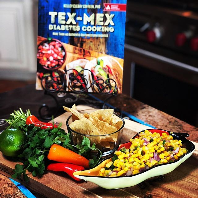 FUN! Tex Mex w ABC/KVIA 🍈🍋🌮🌯🥗🌶🌽 Recipes to live by💜  https://www.kvia.com/lifestyle/health/new-cookbook-offers-diabetics-a-full-flavorful-life/1035549220  Thank you Hillary Floren🥰@kviatv  Tex Mex Diabetes Cooking @dalynmillerpr @amdiabetesassn @amazon @thelisaekusgroup  www.kelleycoffeen.com😍  #healthyfood #cook  #healthylifestyle #recipes #diabetes #breakfast #cookbook #texas #texmex #tacos #elpaso  #texas #mexicanfood  #healthyeating  #instagram #instagood #instafood #food #salsa #cooking #friends #lowcarbrecipes