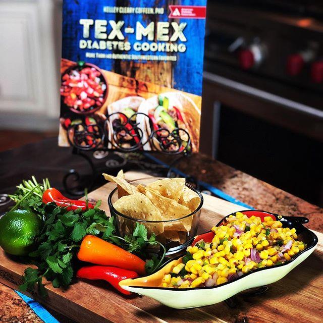 FUN! Tex Mex w ABC/KVIA 🍈🍋🌮🌯🥗🌶🌽 Recipes to live by💜  https://www.kvia.com/lifestyle/health/new-cookbook-offers-diabetics-a-full-flavorful-life/1035549220  Thank you Hillary Floren🥰@kviatv  Tex Mex Diabetes Cooking @dalynmillerpr @amdiabetesassn @amazon @thelisaekusgroup  www.kelleycoffeen.com😍  #healthyfood #cook  #healthylifestyle #recipes #diabetes #breakfast #cookbook #texas #texmex #tacos #elpaso  #texas #mexicanfood  #healthyeating  #instagram #instagood #instafood #food #salsa #cooking #friends #lowcarbrecipes