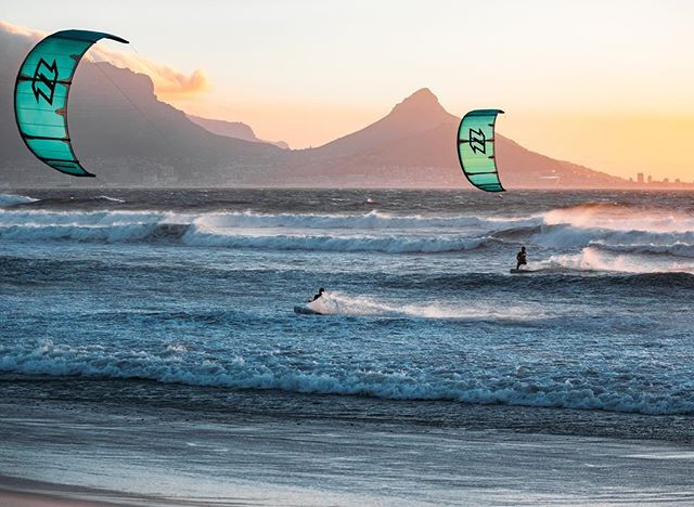 It's the simple things. @nick_jacobsen and @jesserichman cruising at golden hour 🤘🏻