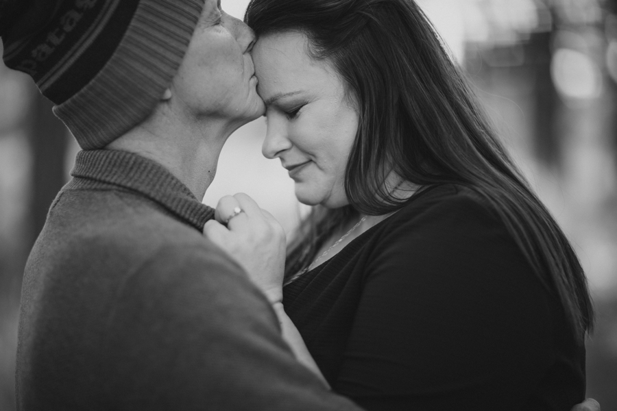 Dalen and Stacie - black and white-37.jpg