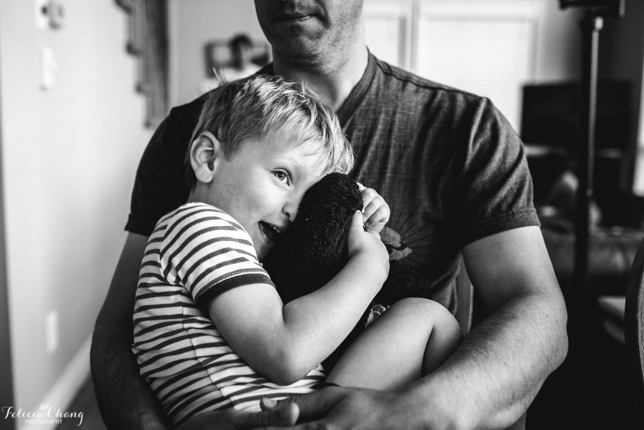 Young boy in Daddy's arms | West Vancouver Family Photographer, Felicia Chang Photography