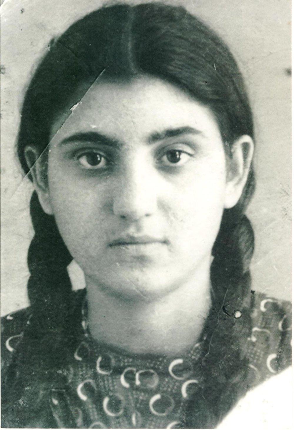 Granny Chaya as a teenager