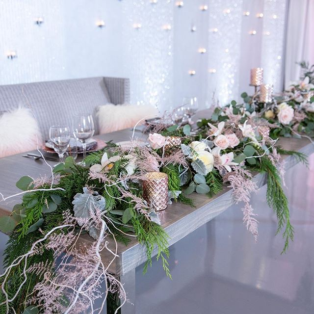 Such a beautiful sweetheart table by @deizinzfreshstudio ! I love the soft pink colors along with the winter greens to compliment! Beautiful! 📸: @depoystudios 📍: @soho63 💐: @deizinzfreshstudio 📋: @dionneevents @celebtuxntails @seventhavebeauty @avancybridal @divinitylighting @mystic_carriage @epicpartyteam @yknot_partyrentals @azretrorentals @cakesbywhisk @silverrosebakery * * * #photoshoot #azweddingplanner #azplanner #arizonaweddingplanner #theknot #theknotaz #weddingplanner #azphotographer #weddingphotographer #eventplanning #eventplanner #weddings #azweddingplanner #destionationweddings #bridestobe #weddingcoordinator #planning #azeventplanner #venues #azvenues #weddingideas  #weddingphotoshoot #bridalparty #modernbride #modernwedding #dionneevents