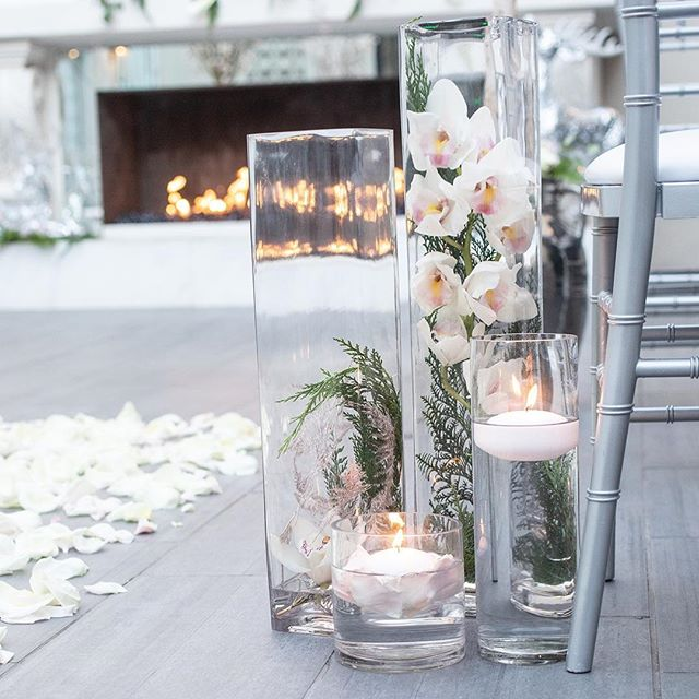 It's all in the details!  #ceremonydecor  📸: @depoystudios 📍: @soho63 💐: @deizinzfreshstudio 📋: @dionneevents @celebtuxntails @seventhavebeauty @avancybridal @divinitylighting @mystic_carriage @epicpartyteam @yknot_partyrentals @azretrorentals @cakesbywhisk @silverrosebakery * * * #photoshoot #azweddingplanner #azplanner #arizonaweddingplanner #theknot #theknotaz #weddingplanner #azphotographer #weddingphotographer #eventplanning #eventplanner #weddings #azweddingplanner #destionationweddings #bridestobe #weddingcoordinator #planning #azeventplanner #venues #azvenues #weddingideas  #weddingphotoshoot #bridalparty #modernbride #modernwedding #dionneevents