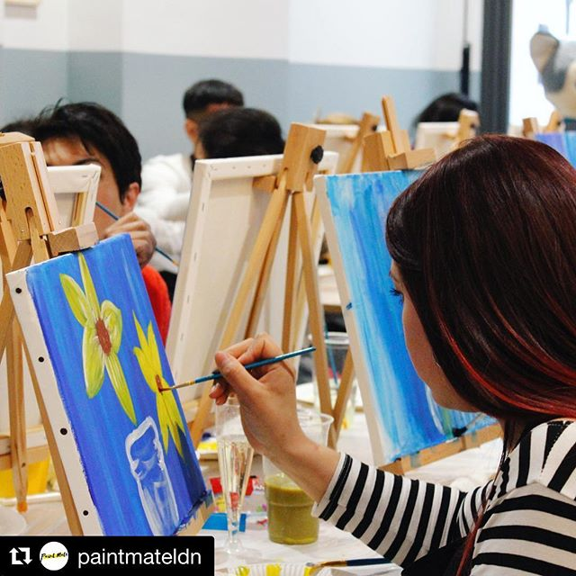 If your looking for something fun to do over the Easter weekend join us at The White House 🖌 #Repost @paintmateldn ・・・ Discover your inner artist with @paintmateldn  Tickets for our Easter event in #leightonbuzzard are now available🎟 . . . . . . #sipandpaint #londonevents #londonevent #thingstodoinlondon #girlsnightout #events #easterbasket #easterweekend #henparty #hennightparty #blackbusinesswomen #datenightideas #londonnightout #privateevents #eventbrite #paintmateldn #paintnpour #paintandpour #sipnpaint #sipnpaintpopup #shoreditchlondon #artclasses