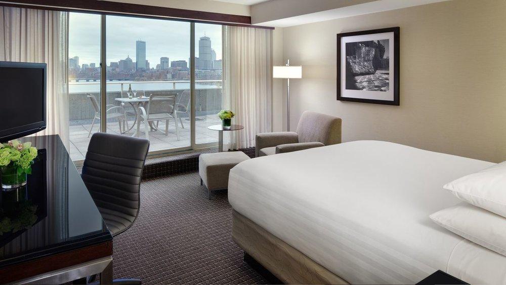 Hyatt-Regency-Cambridge-P163-Guestroom-Balcony.adapt.16x9.1280.720.jpg