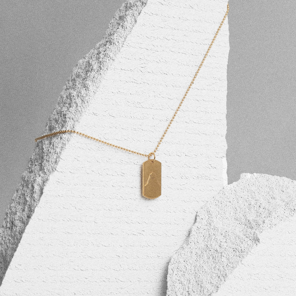 Sister-Necklace-Visual-14K--Gold.jpg