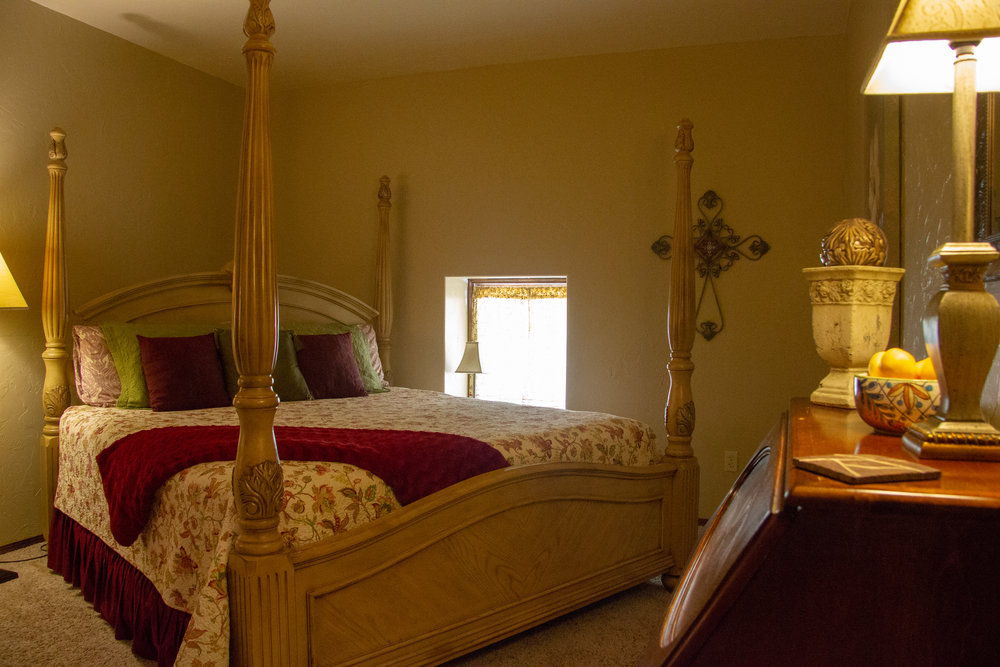 Tuscany - from $115Step into a room of cheery warmth and beauty in the Tuscany. Second Floor.