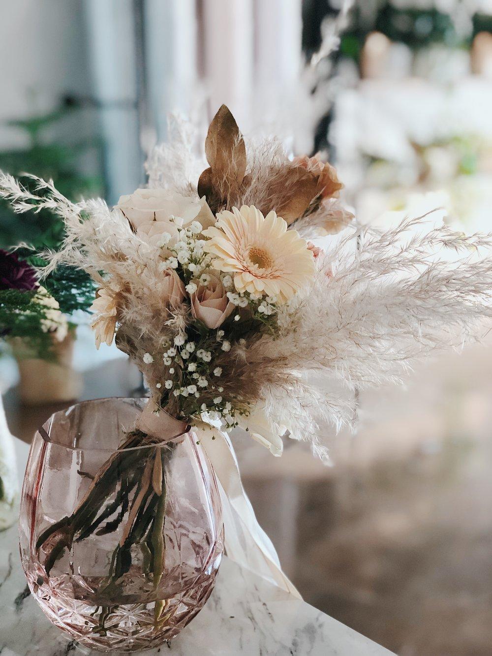 Flowers by Eva M Flowerscence Flower Studio