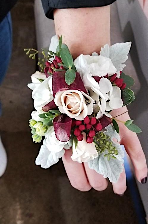 Florescence Homecoming Corsage