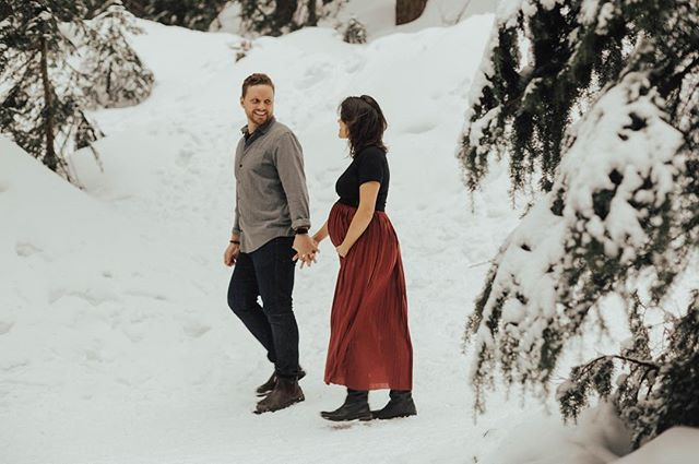 Eagerly awaiting the arrival of the newest member of the Lee family. Thanks @nomadbynk for your incredible vision! #beautifulmother #momtobe . . . . . . #maternityphotography #maternityshoot #snow #mountains #pnw #winterwonderland #snowphotography #wildinlove #lookoflove #newparents