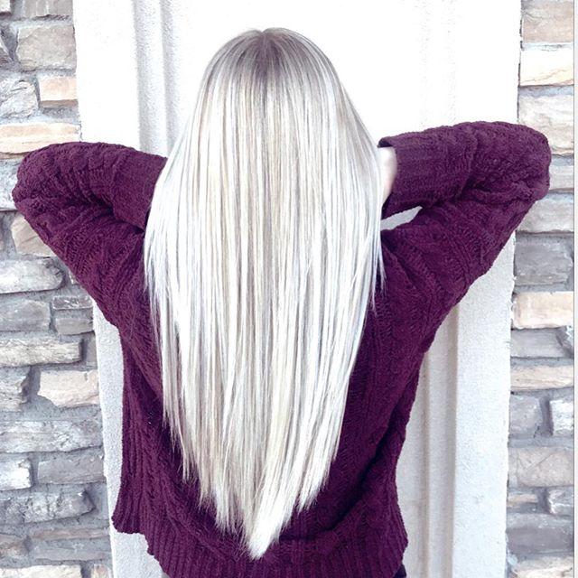 Platinum blonde 🌈  Color by: @mvigil156