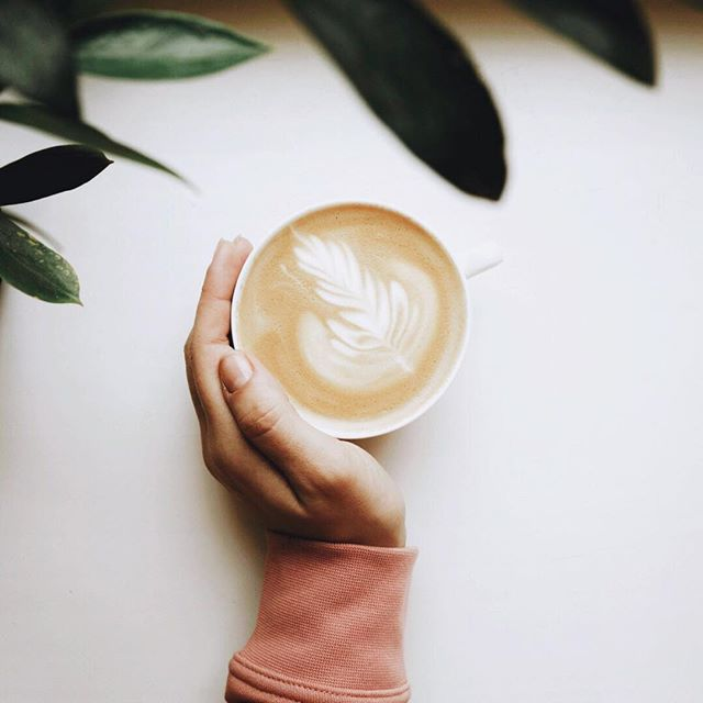 Morning routine is key to a successful day. I am big on my oat milk morning cappuccino ( often without caffeine)... just to set my day right. What is your go to morning routine? 🙏🏻 #meditatedaily #soulpreneur #mindfullboss #selfempowerment #manifestationbabe #abundancemindset #worklifebalance #highvibration #spiritualgrowth #highvibes #soulwisdom #lifepurpose #loveandlight #soulconnection #wellnessjourney #mindbodyspirit #healthmatters #holisticmedicine #holistichealth #organiclifestyle #wellbeingworrior