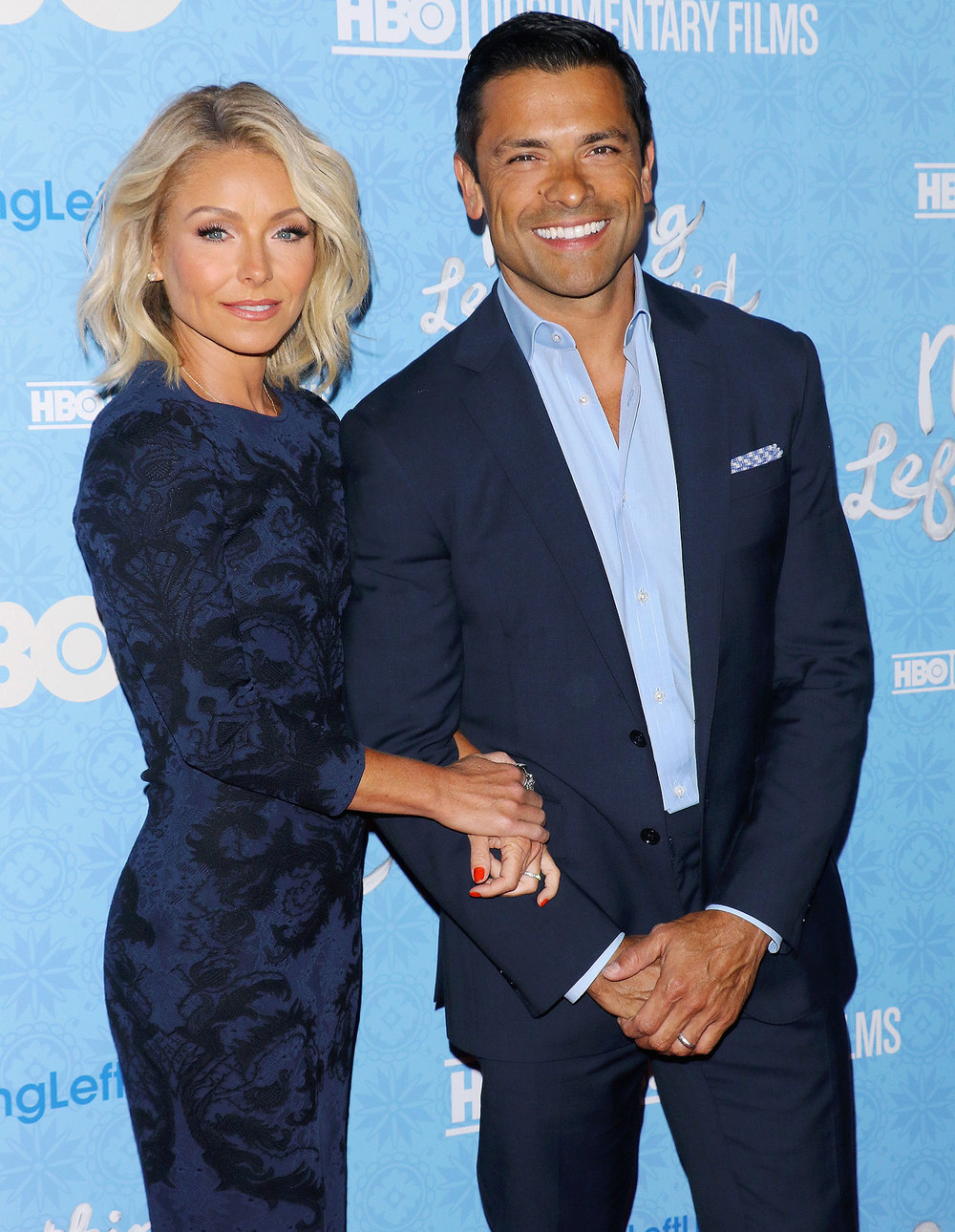 mark-consuelos-kelly-ripa.jpg