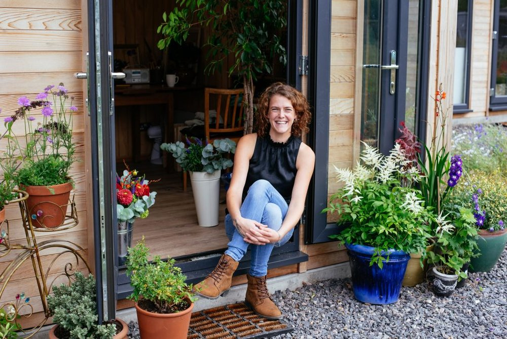 Florist Hannah of Beaming Blooms on her Personal Brand Photo Shoot