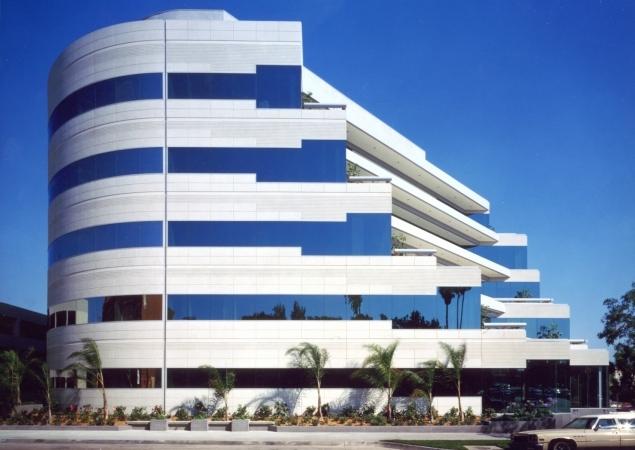Saint John's Medical Plaza - 1301 20th St., Santa Monica, CA 90404