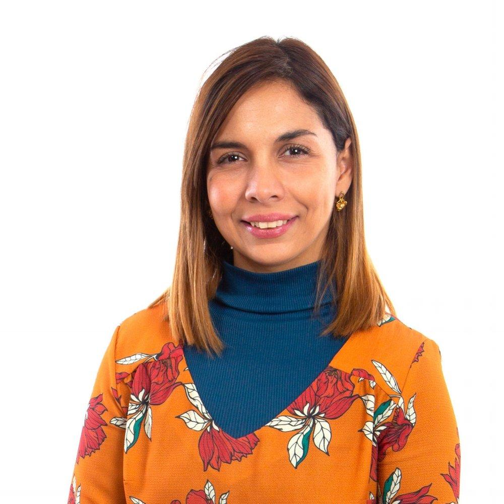 Luz María García Contreras Directora de Proyectos   Administradora público, con especialización en políticas públicas. Máster en políticas públicas de la Universidad de Chile. La Sra. García tiene una extensa carrera en el sector público, liderando el desarrollo de políticas públicas en los campos de la ciencia, la tecnología y el desarrollo digital y la innovación, en las Subsecretaría de Economía, Subsecretaría de Telecomunicaciones y en el Ministerio de Relaciones Exteriores, donde se desempeñó como Coordinadora para las Américas en ciencia y tecnología. La Sra. García es actualmente Directora de ACTI, asociación chilena de empresas de TI.   luzmaria.garcia@lareshub.com